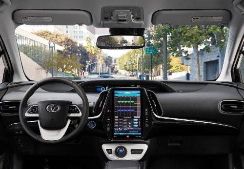 180305 Toyota Prius interier panel