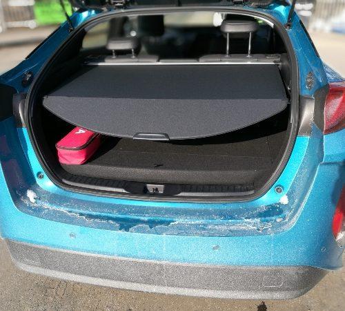 180305 Toyota Prius kufr detail