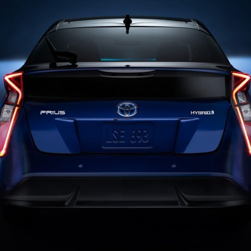 180305 Toyota Prius zezadu