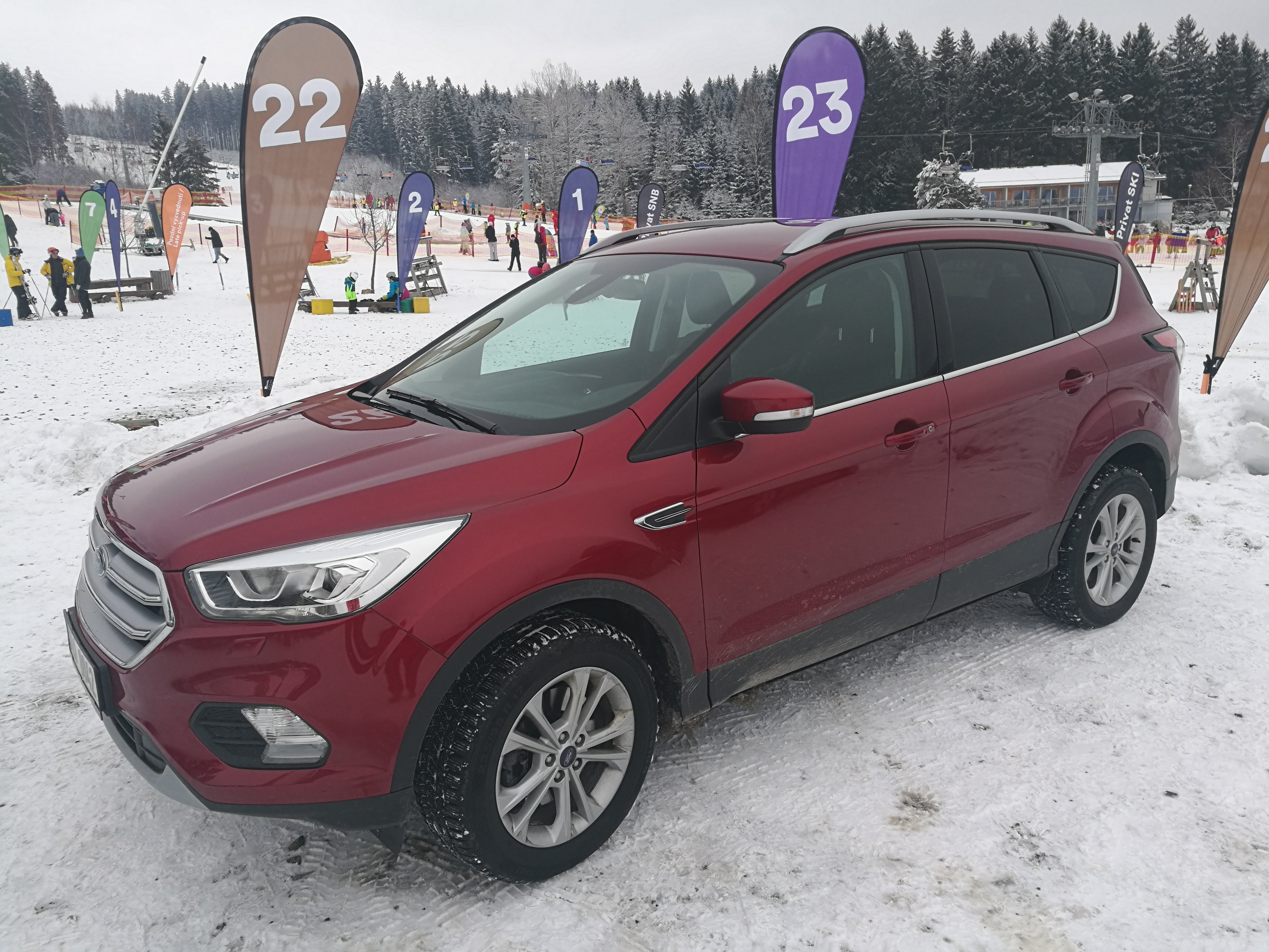 Ford Kuga exterier