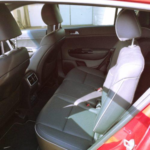 180527 Kia Sportage zadní sedadla