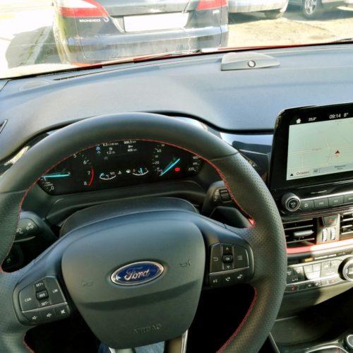 Ford Fiesta int2
