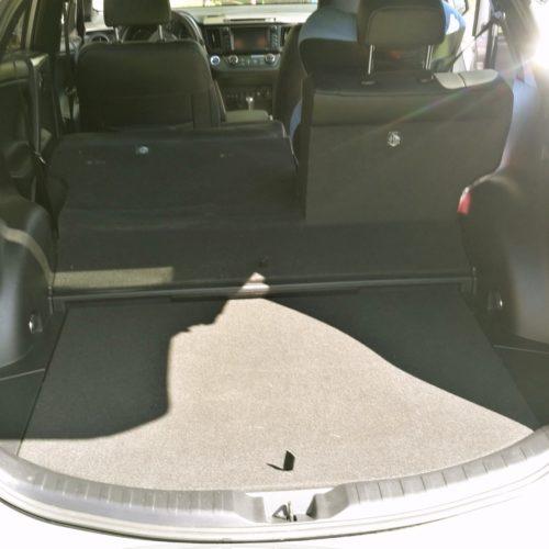 Toyota RAV4 Hybrid kufr2