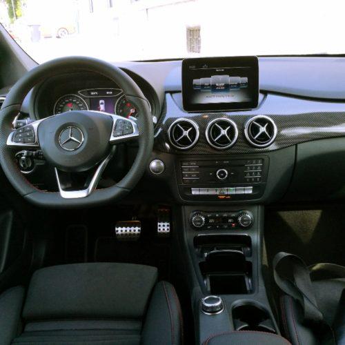 Mercedes-Benz B200d int.1
