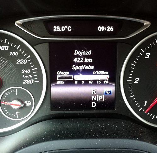 Mercedes-Benz B200d int.5