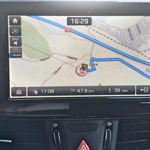 180716 Hyundai i30 navigace detail