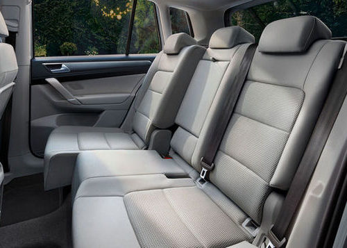 VW Golf-variable-rear-seats