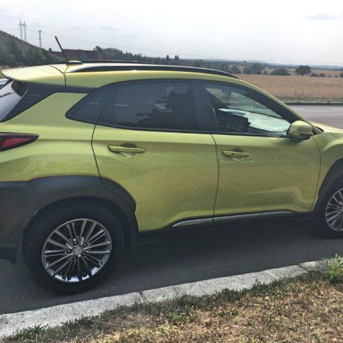 Hyundai KONA bok