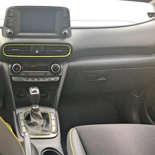 Hyundai KONA přístrojovka spolujezdec