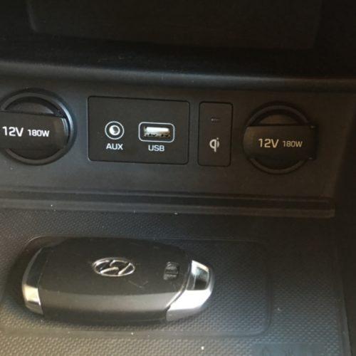 Hyundai KONA schránka mobil