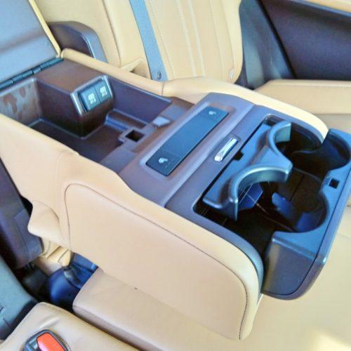 Lexus 450RhL 2 řada opěrka1