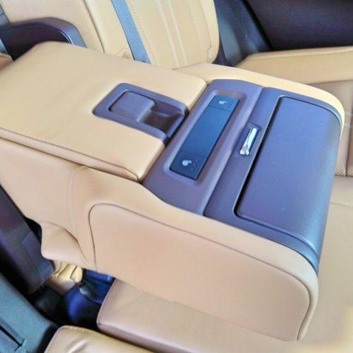 Lexus 450RhL 2 řada opěrka2