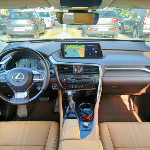 Lexus 450RhL 2 přístrojovka