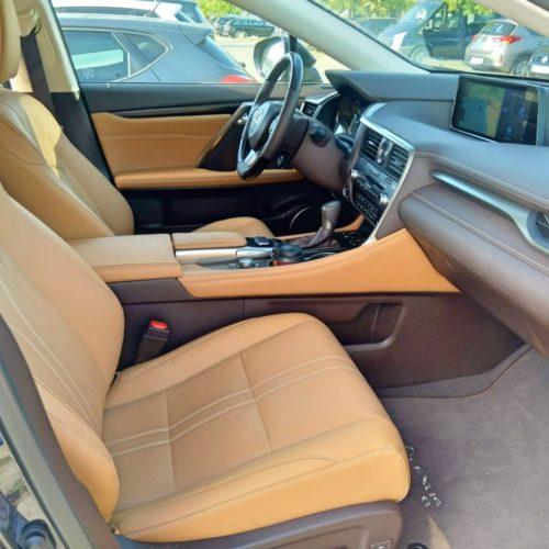 Lexus 450RhL přední sedadla