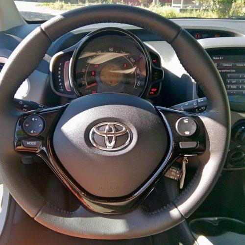 180813_Toyota Aygo_volant