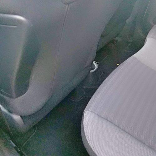180813_Toyota Aygo_zadní sedadla detail