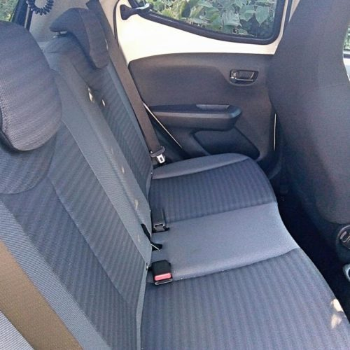 180813_Toyota Aygo_zadní sedadla2