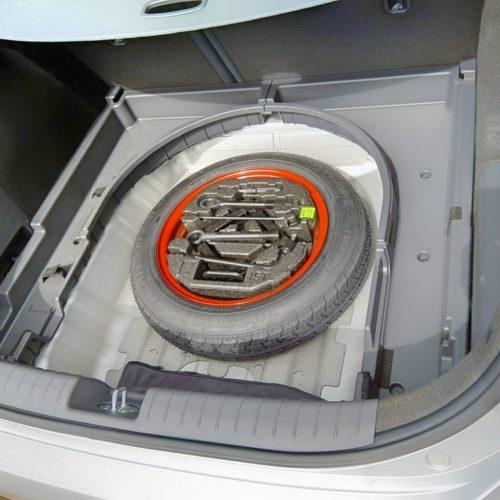 Hyundai Ioniq Hybrid kufr rezerva