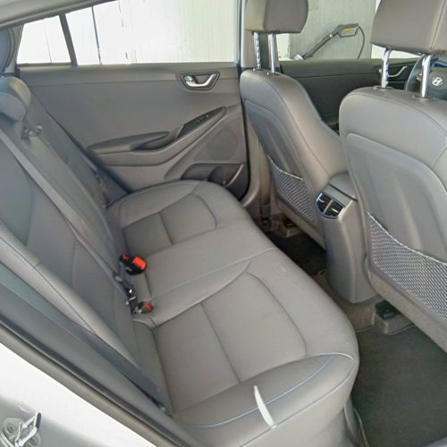 Hyundai Ioniq Hybrid zadní sedadla