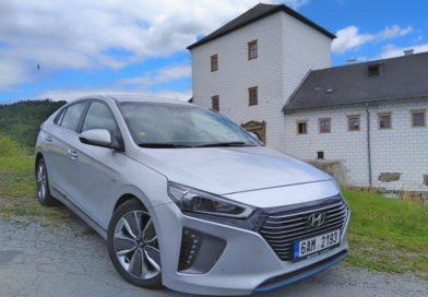 Hyundai IONIQ Hybrid – rodinný sportovec s ekologickou ambicí