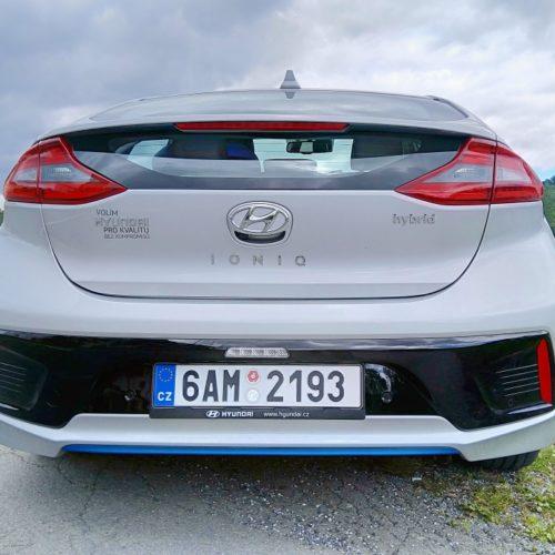 Hyundai Ioniq Hybrid zezadu