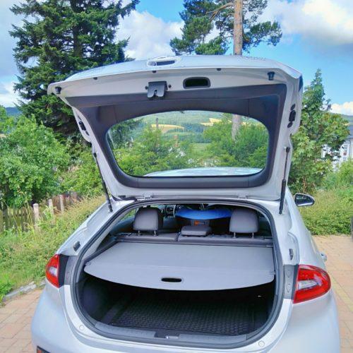 Hyundai Ioniq Hybrid zezadu kufr 6