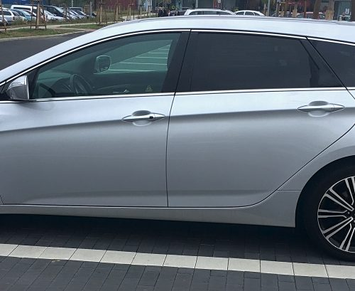 Hyundai i40 bok