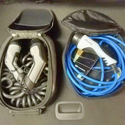 Hyundai Ioniq plug-in hybrid dobíjecí kabely