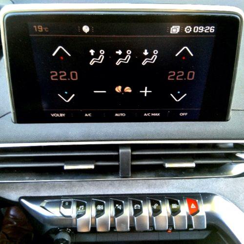 Peugeot 3008_ovládání