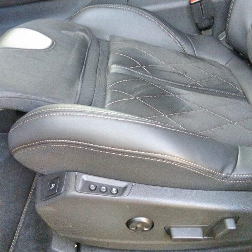 Peugeot 3008_přední sedadlo