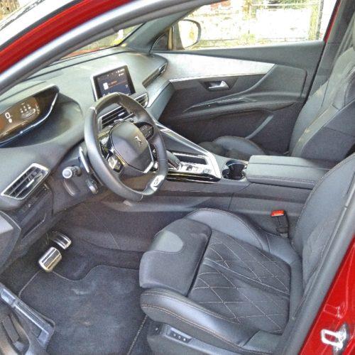Peugeot 3008_přední sedadla