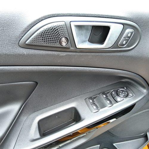 Ford EcoSport detail dveře