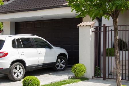 Údržba garážových vrat, kterou zvládnete sama