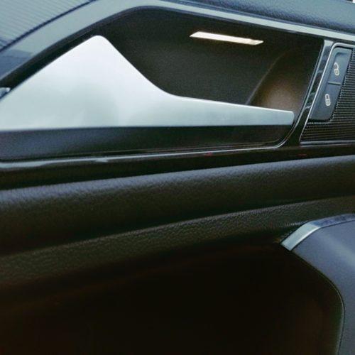 Volkswagen Tiguan klika dveří