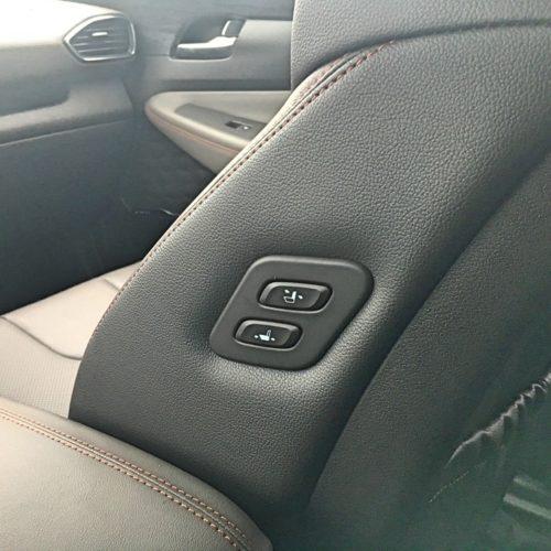 Hyundai Santa Fe detail sedačka