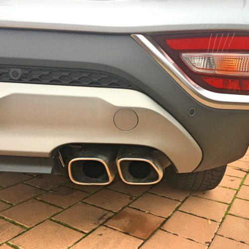 Hyundai Santa Fe detail výfuk
