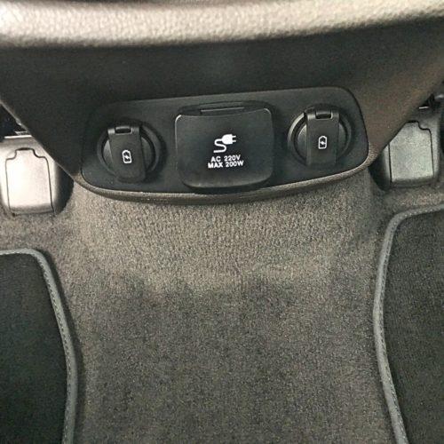Hyundai Santa Fe interier4