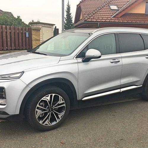 Hyundai Santa Fe zboku