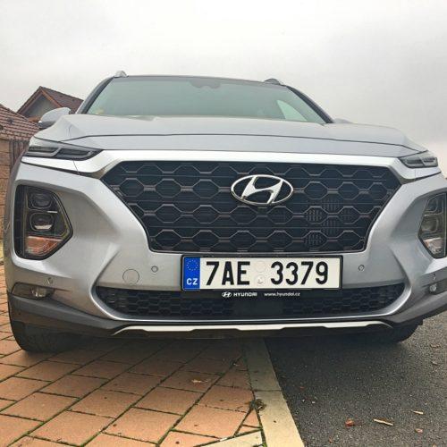 Hyundai Santa Fe zepředu