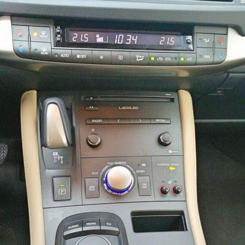 Lexus14
