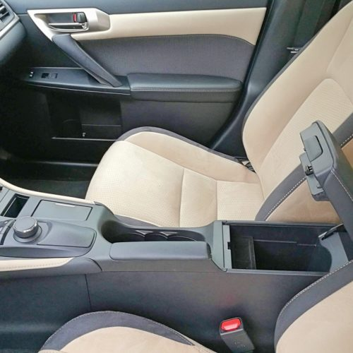 Lexus18