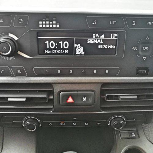 Peugeot Rifter 37