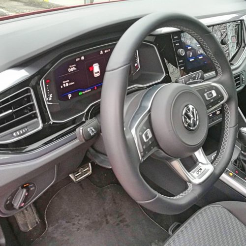 VW Polo 22
