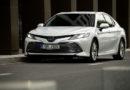 Prodeje aut klesají, ale ne všem značkám
