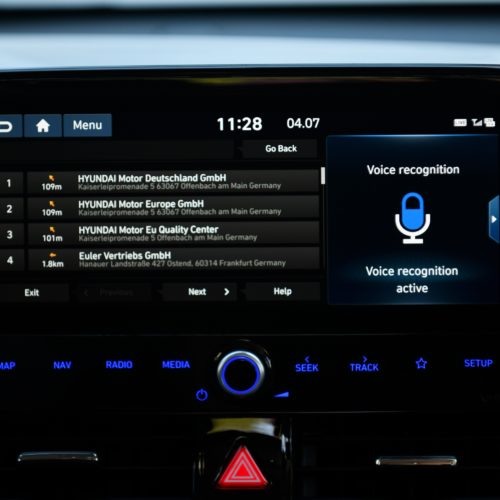 Hyundai_Ioniq_Plugin_onboard voice recognition