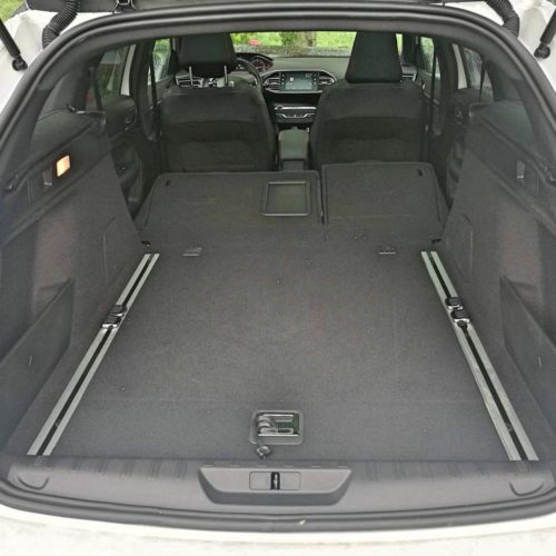 Peugeot 308SW_12