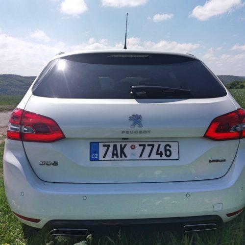 Peugeot 308SW_15