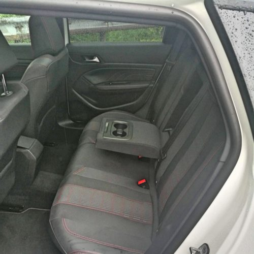 Peugeot 308SW_30