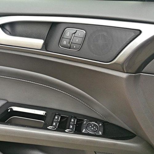 Ford Mondeo Hybrid_27