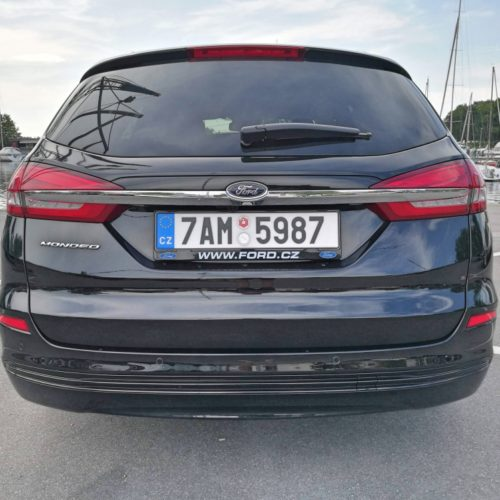 Ford Mondeo Hybrid_4